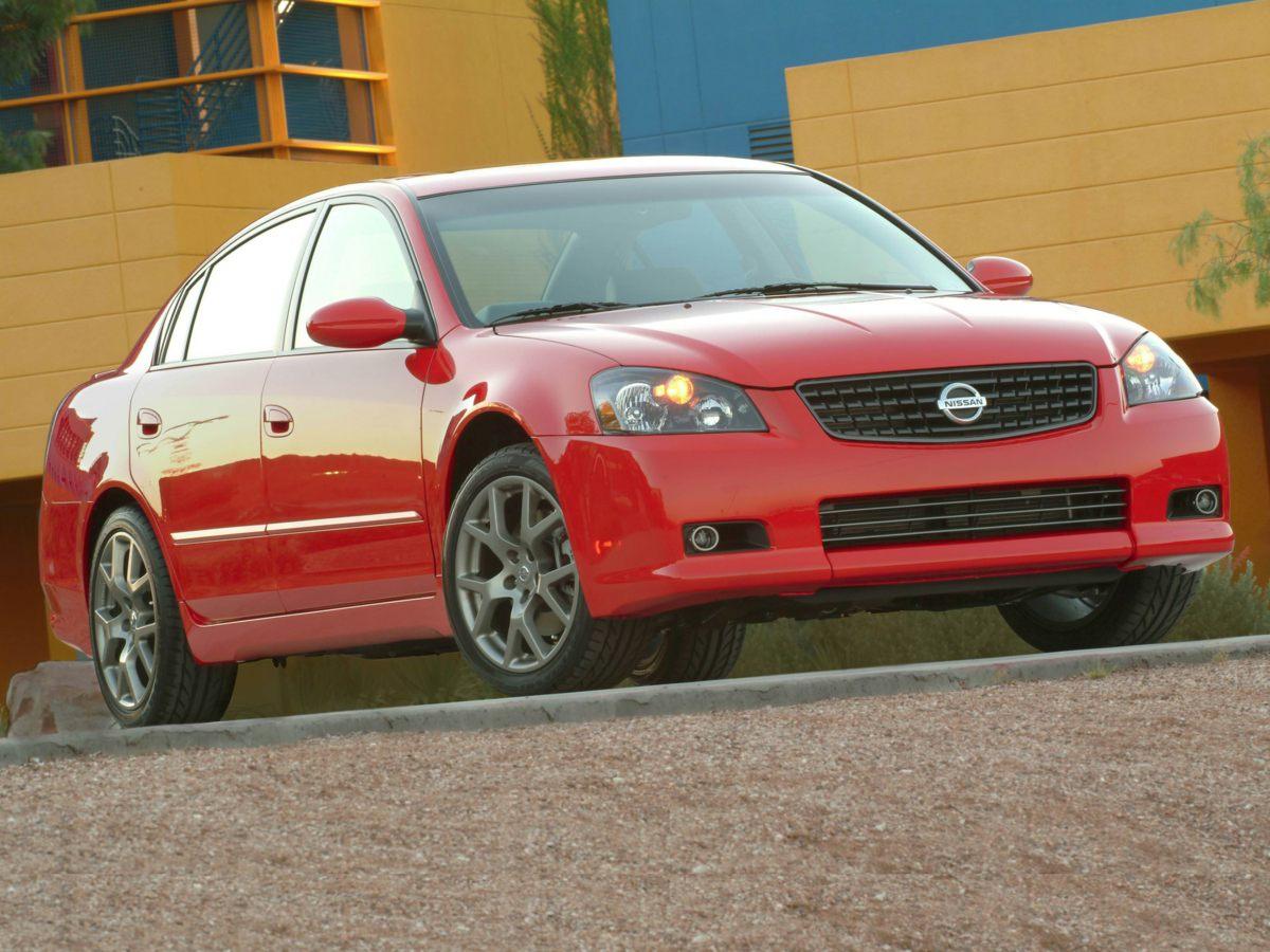 2005 Nissan Altima 4dr Car