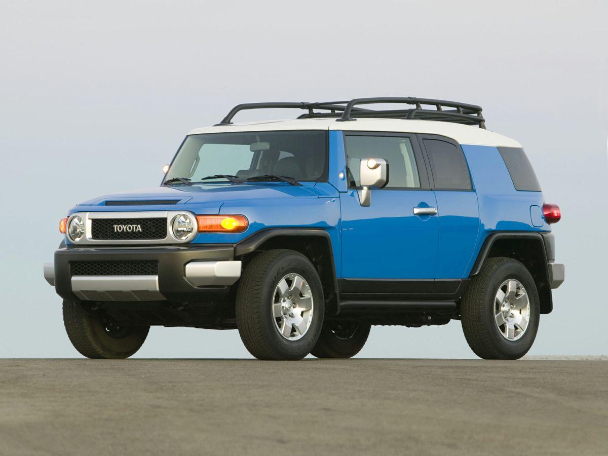 2014 Toyota FJ Cruiser photo