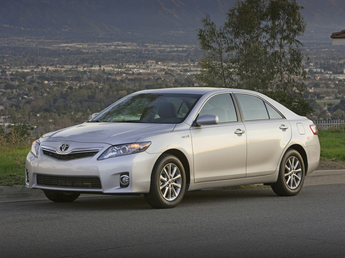 Used 2011 Toyota Camry for sale in Miami