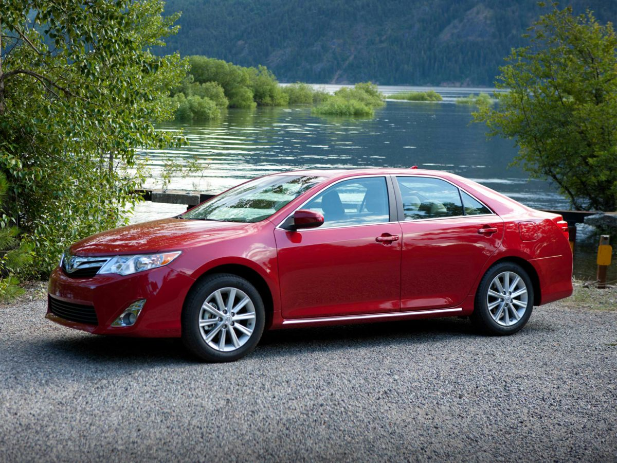 Used 2014 Toyota Camry for sale in Miami
