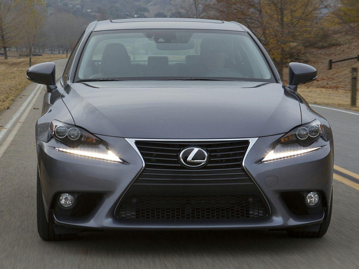 2014 Lexus IS 350 photo