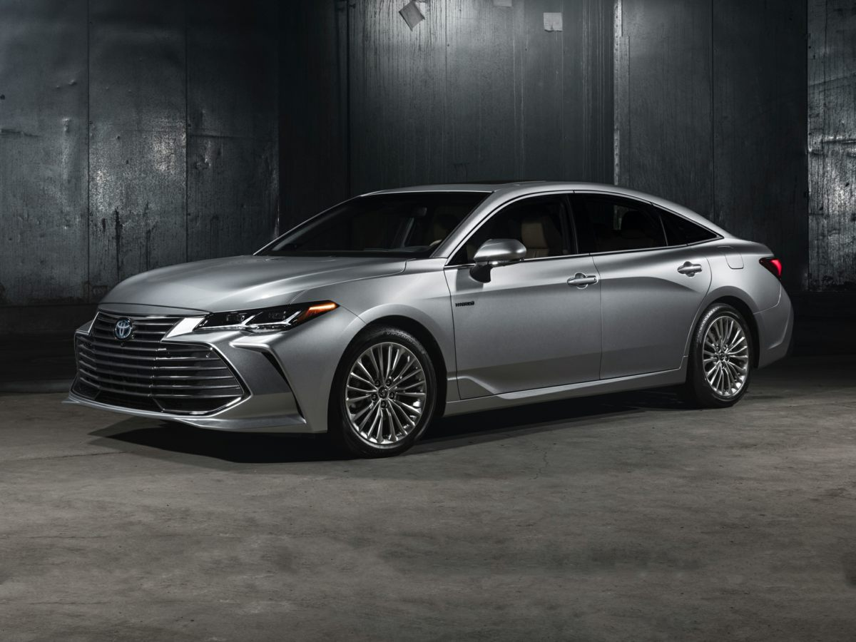 2020 Toyota Avalon Hybrid 4D Sedan