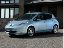 2015_Nissan_LEAF_S_ Burlington WA