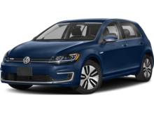 2018_Volkswagen_e-Golf_4-Door SE_ Wellesley MA