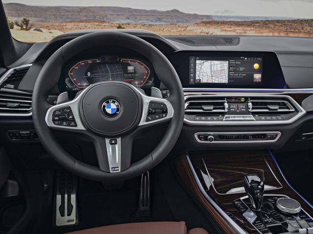 2020 BMW X5 Front Seat