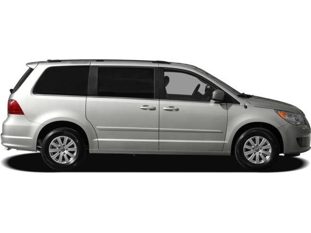 2010 Volkswagen Routan SEL w/RSE Brainerd MN