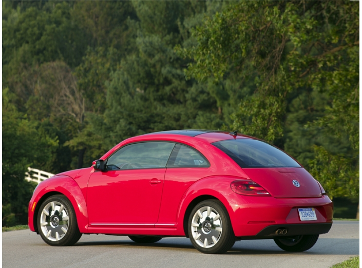 2013 Volkswagen Beetle 2.5L Entry Amherst OH