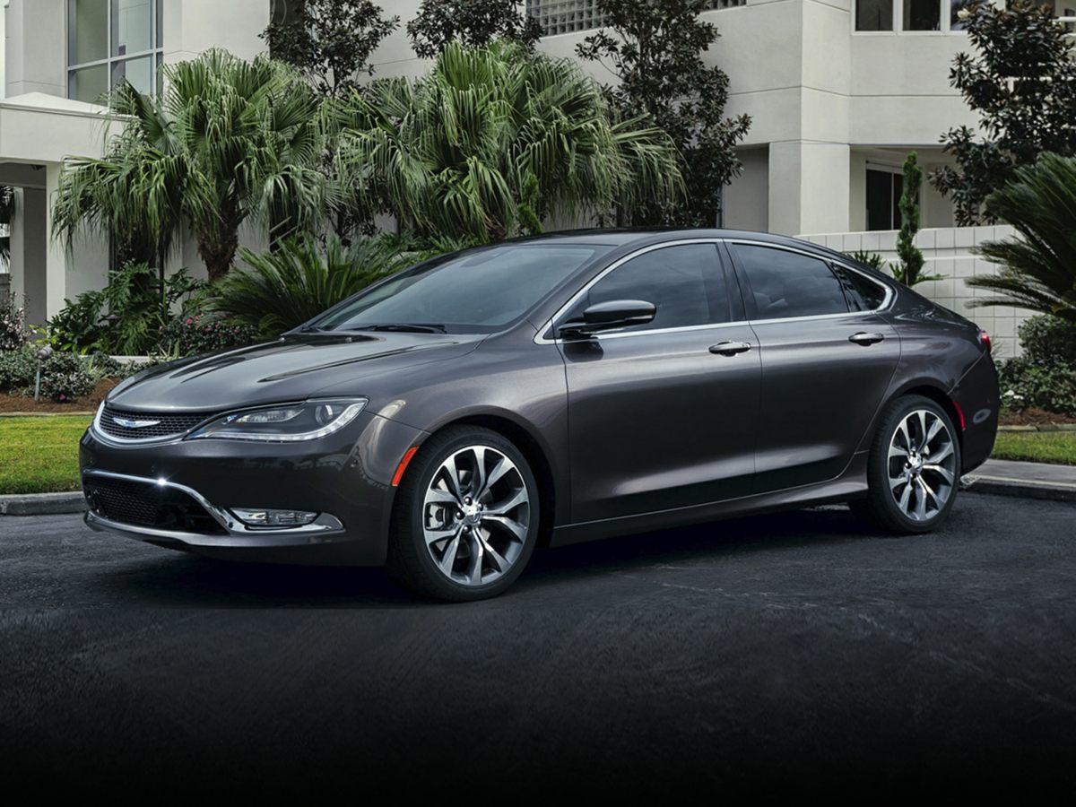 new 2015 Chrysler 200 car, priced at $25,790