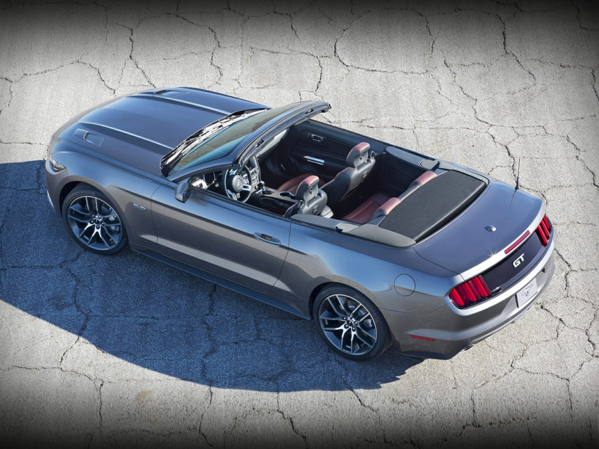 used 2015 Ford Mustang car