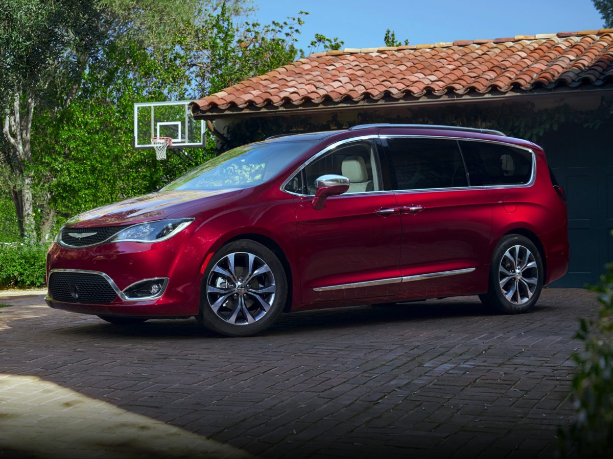 new 2018 Chrysler Pacifica car, priced at $36,270